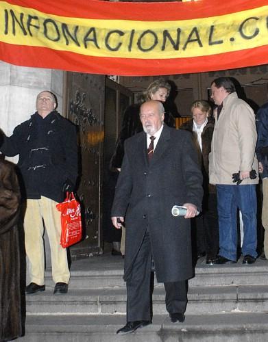 tejero en el funeral por Pinochet