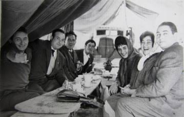 Salvador Rey y su mujer Mercedes con Pepe Lage y mi padre entre otros