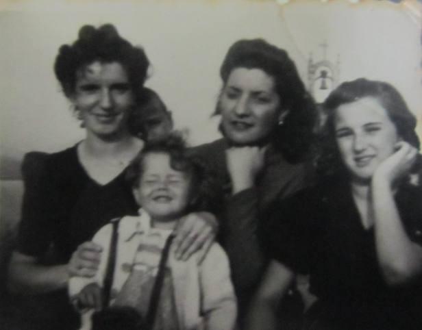 Chelo, Ququi, Felisa y Angelines