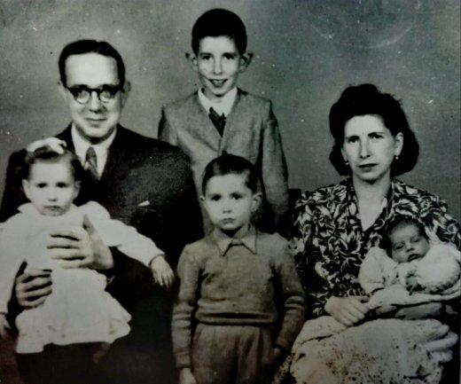 Luis Dominguez, mujer e hijos